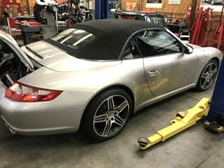Porsche Repair  Porsche Oil Servive and Inspection